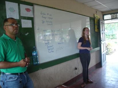 CLASE DE INGLES EN INSTITUTO TEODORO S, KINT